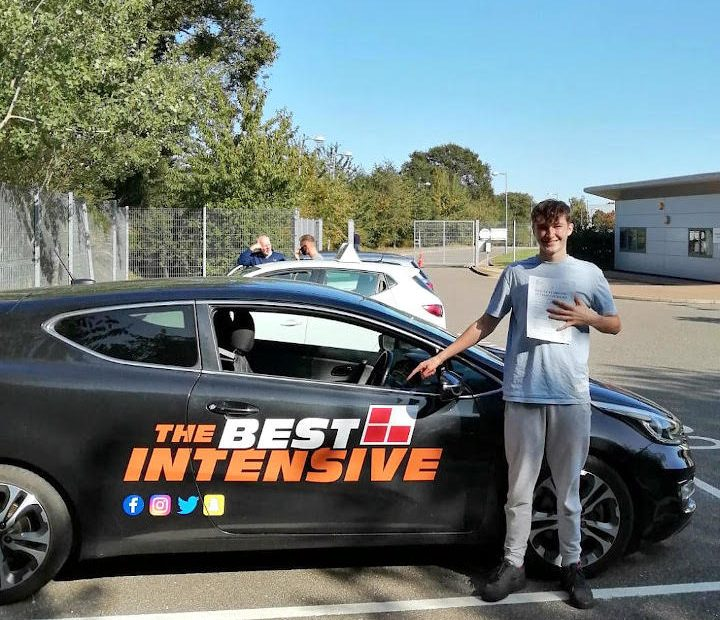 Student who learned to drive in 5 days